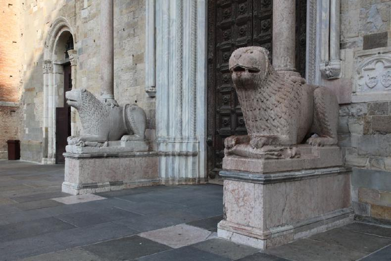 Lions outside a church
